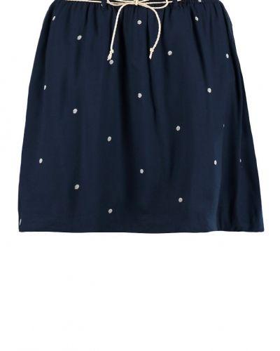 Till mamma från Gaastra, en a-linje kjol.