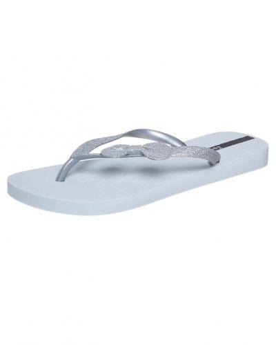 Ipanema LOLITA Badsandaler Silver från Ipanema, Träningsskor flip-flops