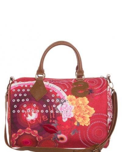 Desigual Luna romboide handväska. Väskorna håller hög kvalitet.