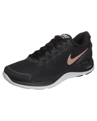 Nike Performance Nike Performance LUNARGLIDE+ 4 Löparskor extra lätta Svart. Traningsskor håller hög kvalitet.