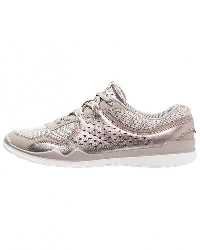 Till dam från ECCO, en sneakers.
