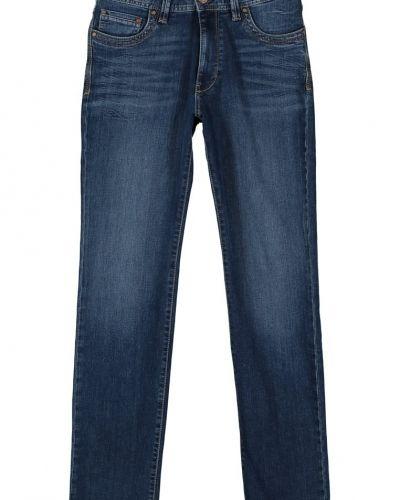 Till herr från Bugatti, en blå straight leg jeans.