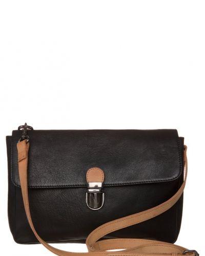 Selected Femme Majse axelremsväska. Väskorna håller hög kvalitet.