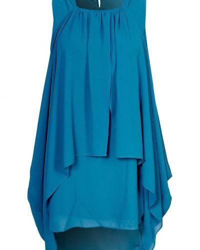 Till dam från Jarlo, en blå cocktailklänning.