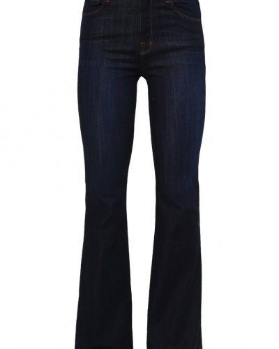 Blandade jeans från J Brand till mamma.