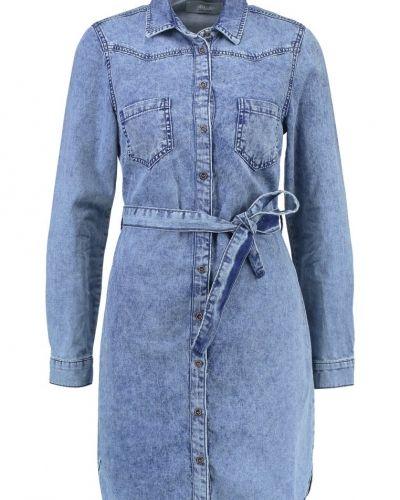 Martini jeansklänning mid blue New Look jeansklänning till tjejer.