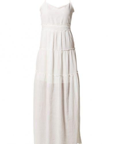 Studentklänning Vero Moda Maxiklänning snow white från Vero Moda
