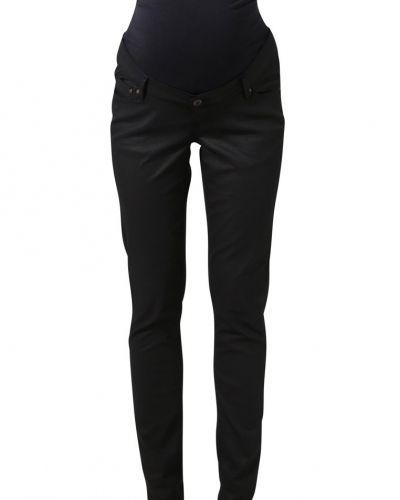 Till dam från Noppies, en slim fit jeans.
