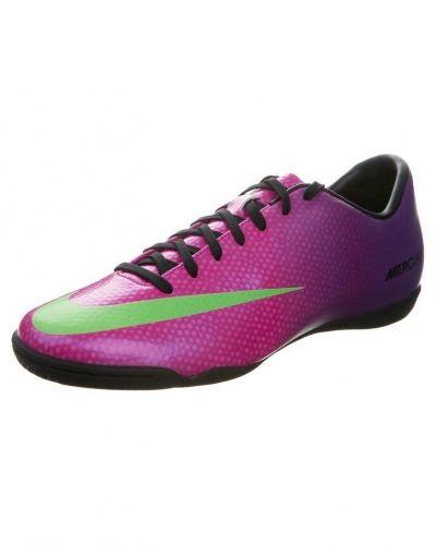 Nike Performance Nike Performance MERCURIAL VICTORY IV IC Fotbollsskor  inomhusskor Ljusrosa. Fotbollsskorna håller hög kvalitet 8a90b02f5b15d
