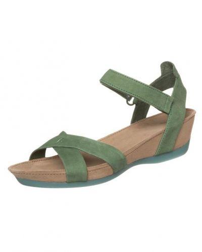 Sandaletter med kilklack från Camper till dam.