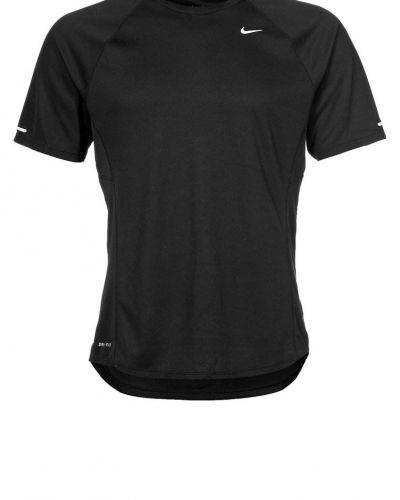 Miler uv funktionströja från Nike Performance, Kortärmade träningströjor