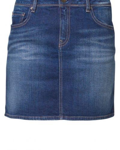 Till tjejer från School Rag, en blå jeanskjol.