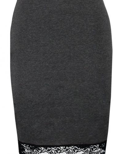 Minikjol från Zalando Essentials till kvinna.