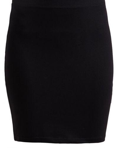 Zalando Essentials Minikjol black Zalando Essentials minikjol till kvinna.