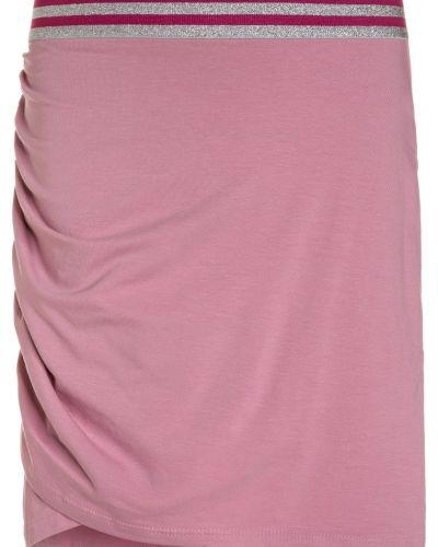 Minikjol rose Sisley kjol till mamma.