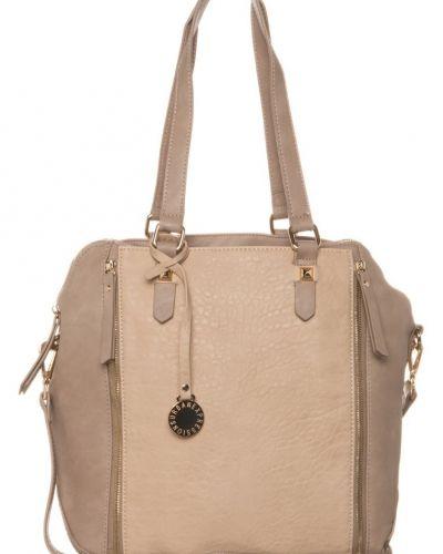 Urban Expressions Misha shoppingväska. Väskorna håller hög kvalitet.