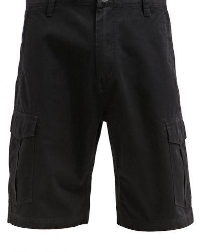 Till dam från Volcom, en shorts.