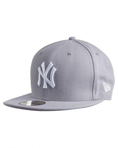 New Era New Era MLB BASIC NY YANKEES Keps Grått. Huvudbonader håller hög kvalitet.