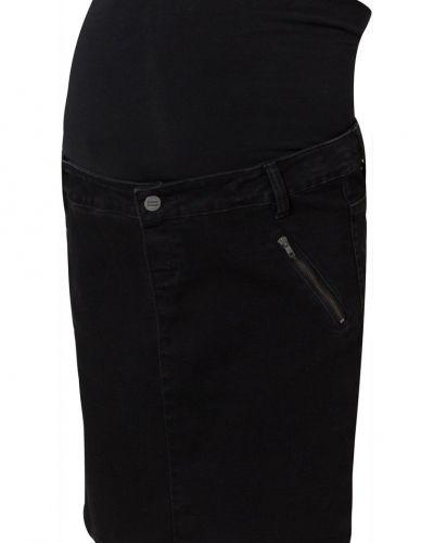 Till tjejer från Mama Licious, en svart jeanskjol.