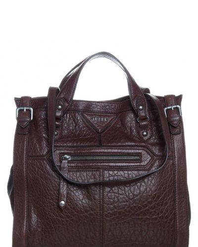 Jette Mrs bradshow shoppingväska. Väskorna håller hög kvalitet.