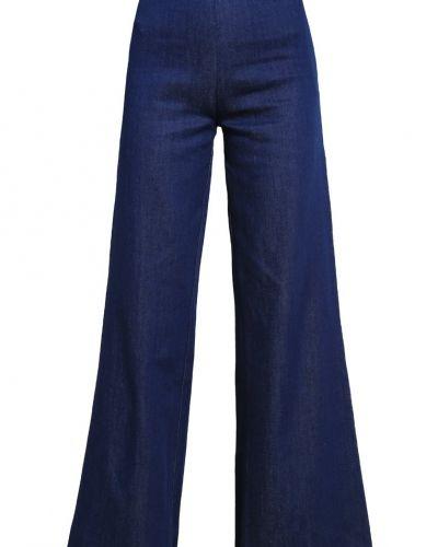 Bootcut jeans från Wåven till tjejer.