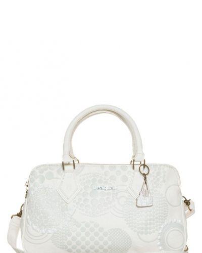 Vita väskor online