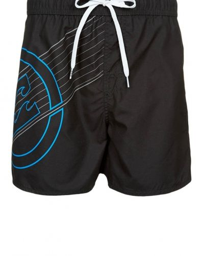 New line surfshorts från Billabong, Badshorts