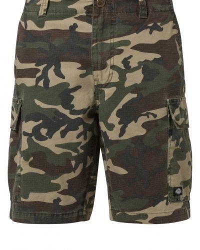 Till herr från Dickies, en flerfärgad shorts.