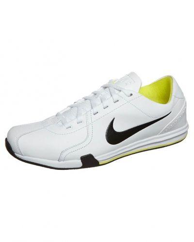 Nike Performance NIKE CIRCUIT TRAINER II Aerobics & gympaskor Vitt från Nike Performance, Träningsskor