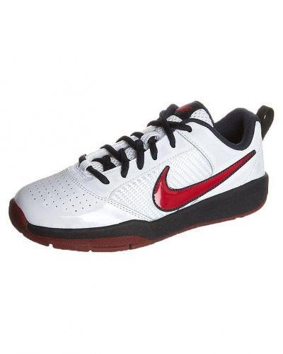 Nike Performance NIKE QUICK BALLER LOW Indoorskor Vitt från Nike Performance, Inomhusskor