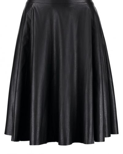 Nikoline alinjekjol black Kaffe a-linje kjol till mamma.