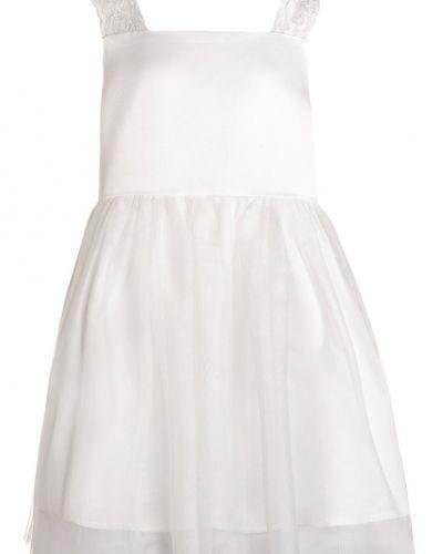 Name it klänning till mamma.