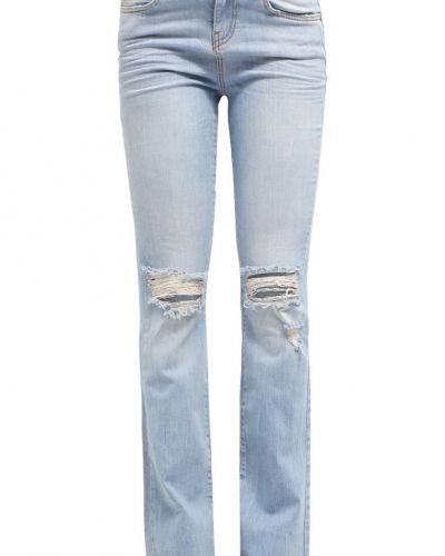 Till tjejer från Noisy May, en bootcut jeans.