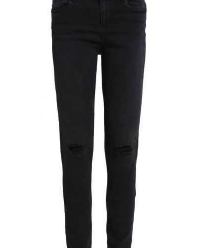 Slim fit jeans från Noisy May till dam.