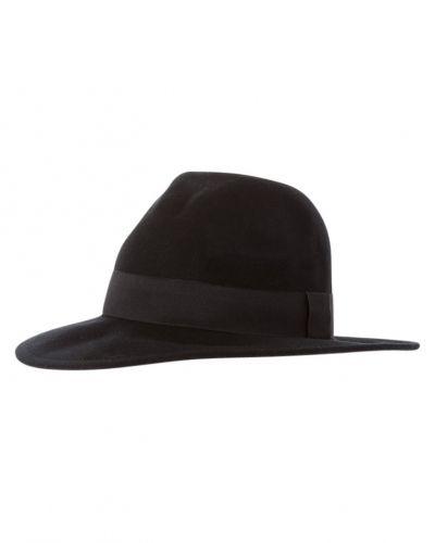 ONLY hatt till mamma.