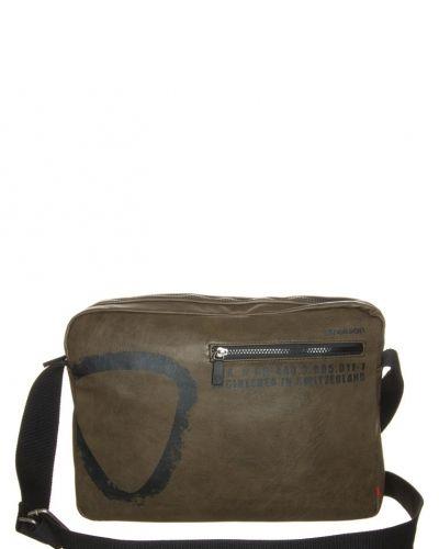 Strellson Paddington portfölj / datorväska. Väskorna håller hög kvalitet.