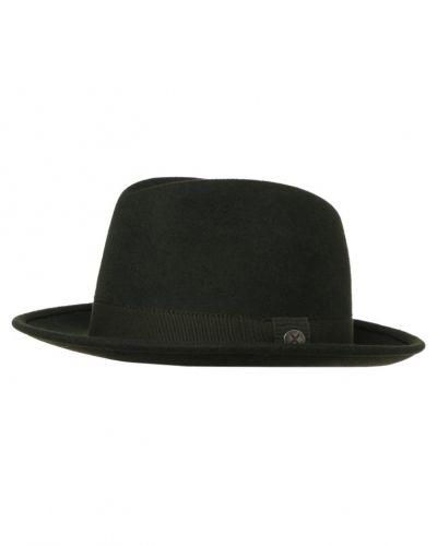 Menil hatt till mamma.