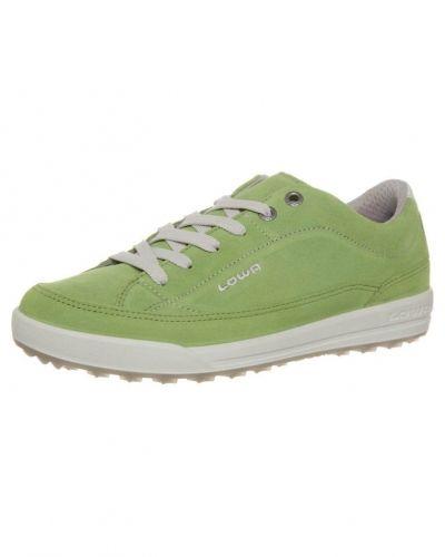 Sneakers från Lowa till dam.