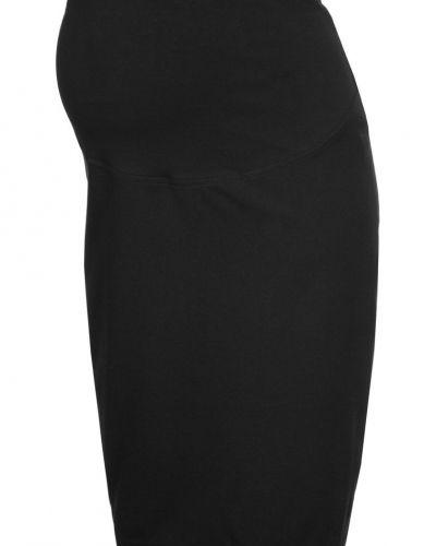 Till kvinna från JoJo Maman Bébé, en svart pennkjol.