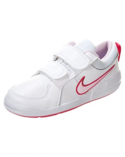 Sneakers från Nike Performance till tjej.