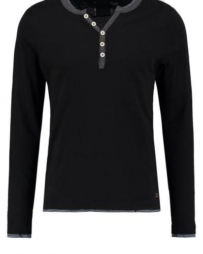 Långärmad tröja från Produkt till mamma.