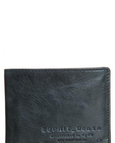 Esprit Plånbok. Väskorna håller hög kvalitet.