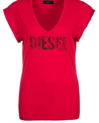 Diesel t-shirts till dam.