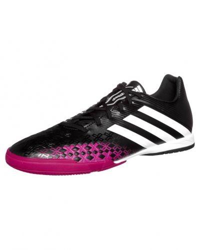 adidas Performance Predator absolado lz in fotbollsskor. Traningsskor håller hög kvalitet.