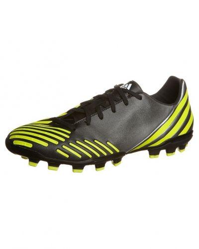 adidas Performance Predator absolado lz trx ag fotbollsskor fasta dobbar. Fotbollsskorna håller hög kvalitet.