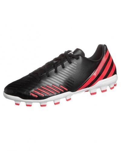 adidas Performance PREDATOR ABSOLADO LZ TRX AG Fotbollsskor fasta dobbar Svart från adidas Performance, Konstgrässkor