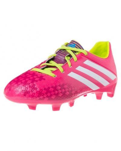 adidas Performance Predator absolado lz trx fg fotbollsskor. Grasskor håller hög kvalitet.