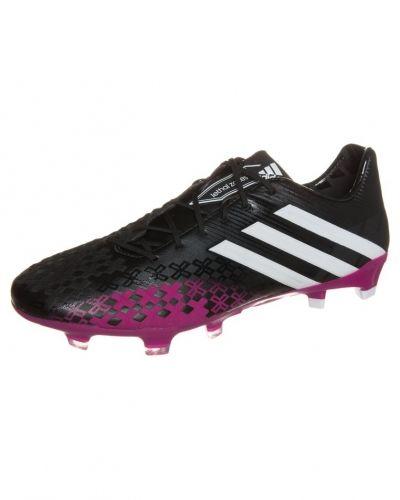 Skruvdobbargrässkor från Adidas, Svarta Adidas Predator LZ
