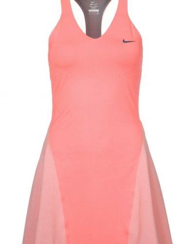 Nike Performance PREMIER MARIA DRESS Sportklänning Ljusrosa från Nike Performance, Sportklänningar