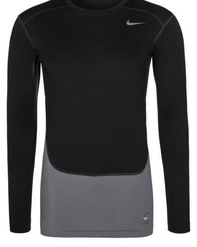 Nike Performance Pro combat hyperwarm compression tshirt långärmad. Traningstrojor håller hög kvalitet.